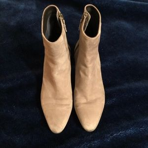 Tan ankle women's boots!!